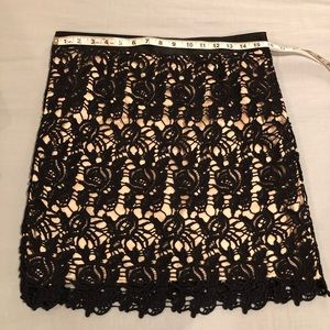 Willi Smith Lace Skirt